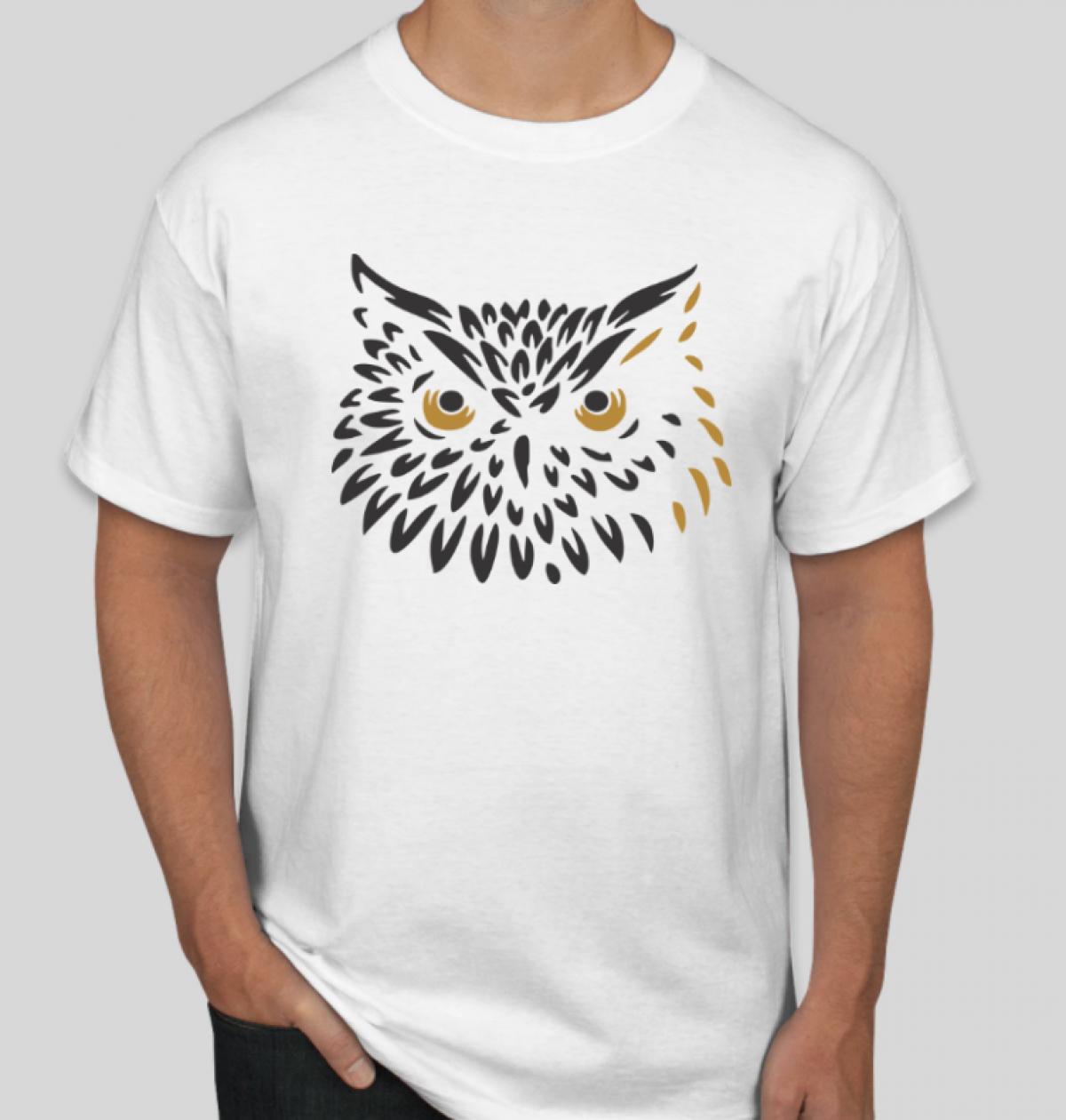 Camiseta B&C Custom - @bordado.cia