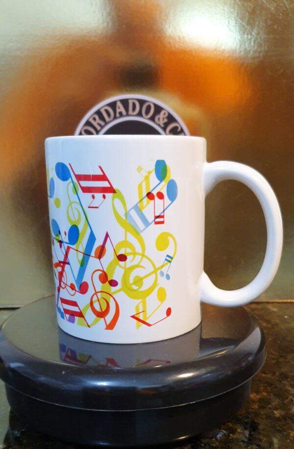 Caneca Oficial do DJ IDO MIX - Music - by Bordado & Cia - @bordado.cia @djidomix