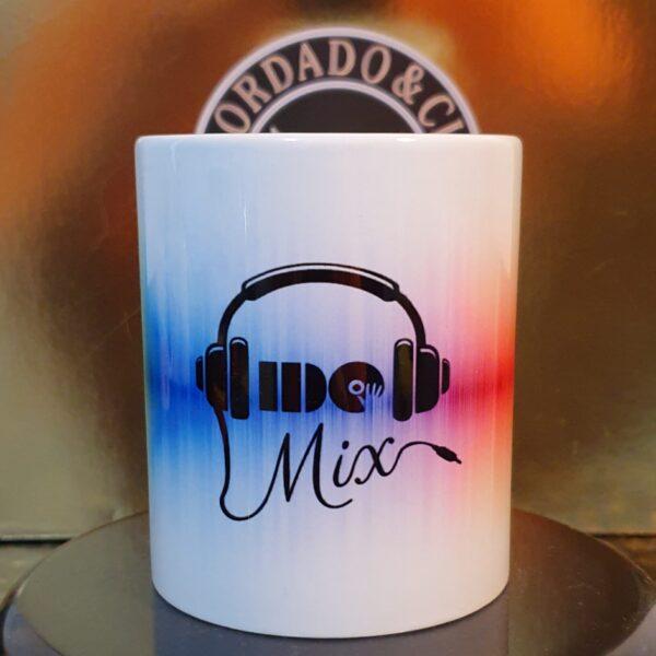 Caneca Oficial do DJ IDO MIX - Ondas de Som Color - by Bordado & Cia - @bordado.cia @djidomix