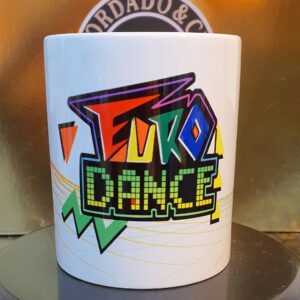 Caneca Oficial da Bordado & Cia Custom - Anos 90's - Eurodance - by Bordado & Cia - @bordado.cia
