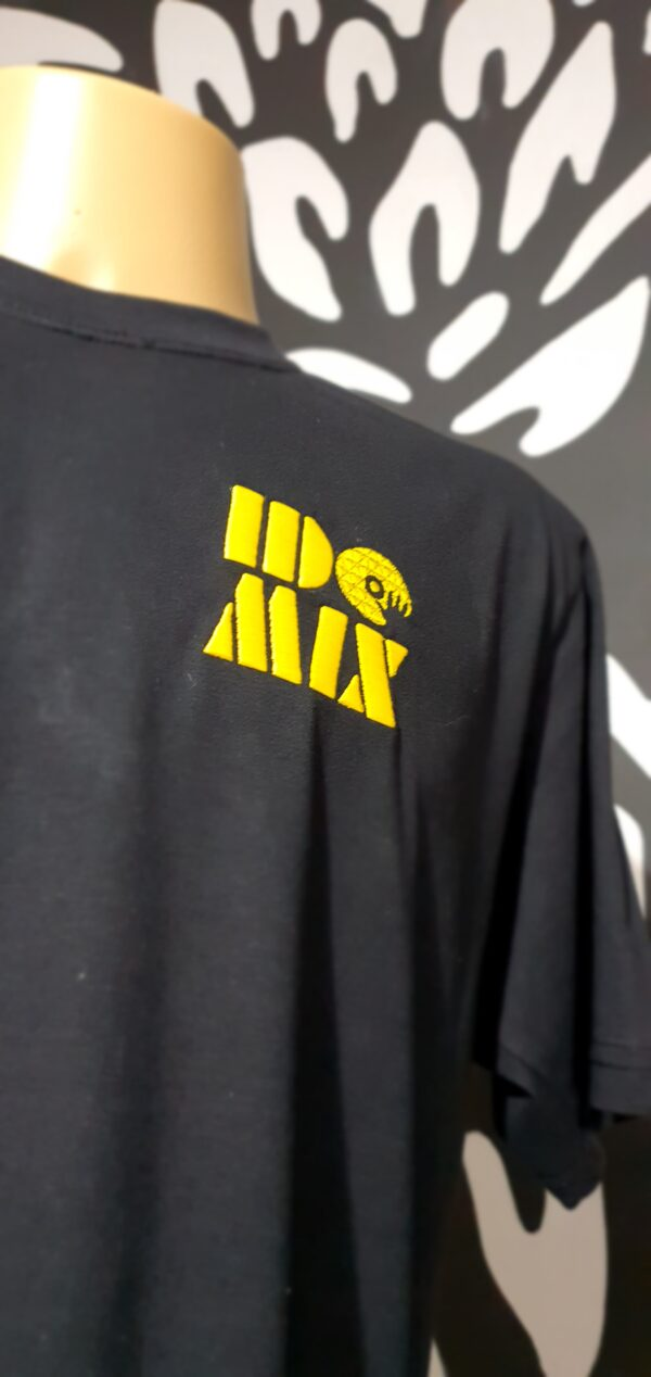 Camiseta Bordada DJ IDO MIX by Bordado & Cia - @bordado.cia @djidomix @canaldj