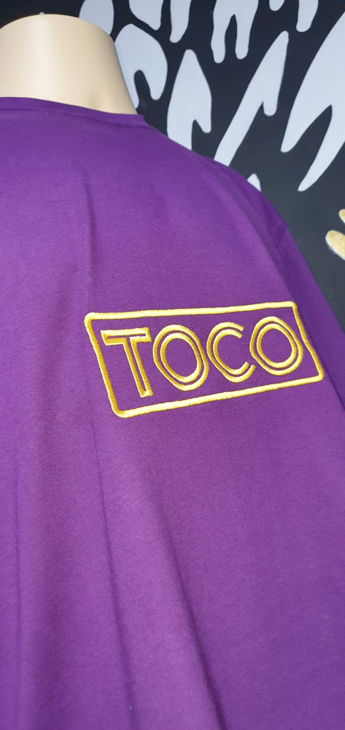 Camiseta Bordada da Danceteria TOCO by Bordado & Cia - @bordado.cia; @dj.vadao; @tocodance; #danceteriatoco