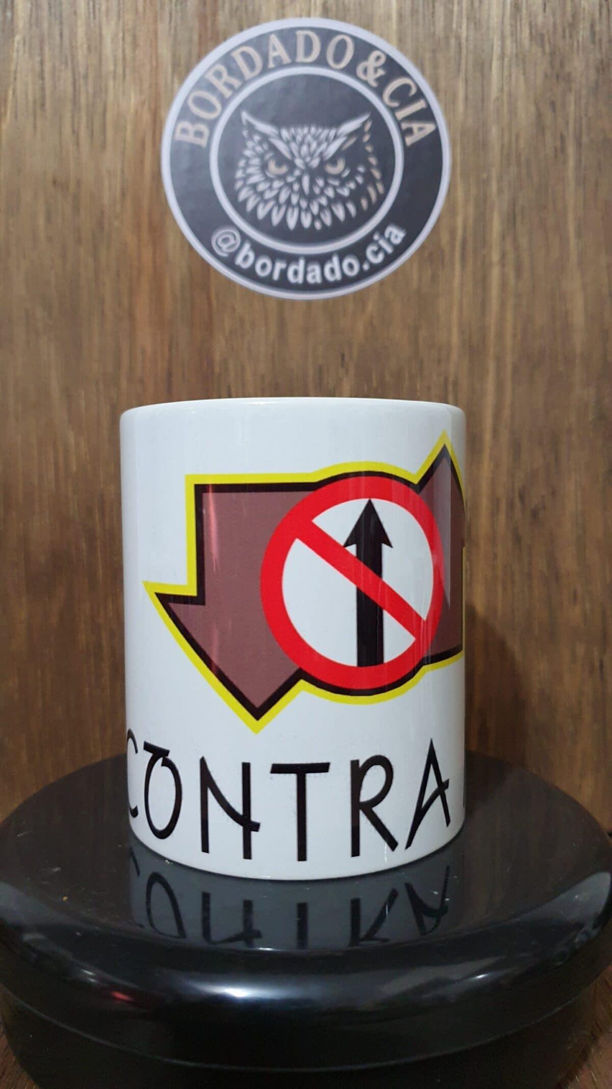 Caneca Oficial Contra Mão by Bordado & Cia - @bordado.cia; @dj.vadao; @danceteriacontramao; #danceteriacontramao